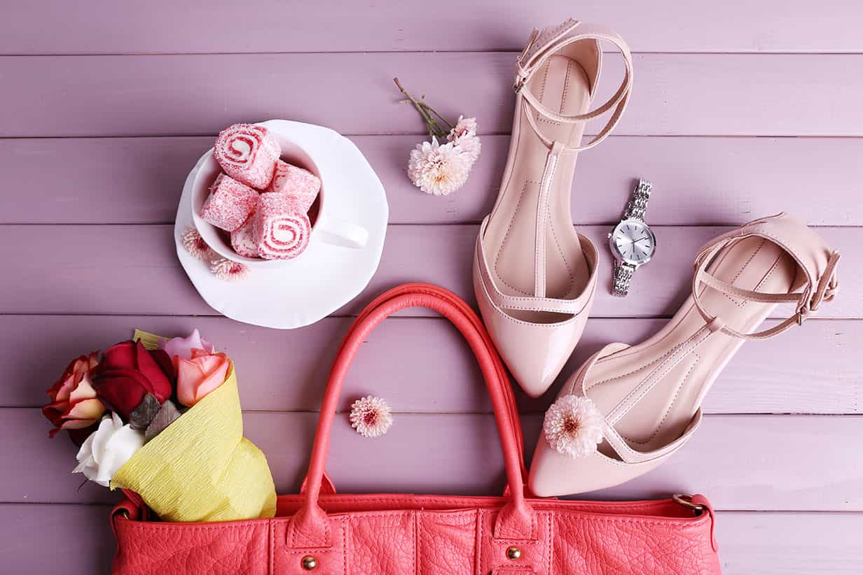 Style Your Denims With These Awesome Bag and Shoe  Combos!