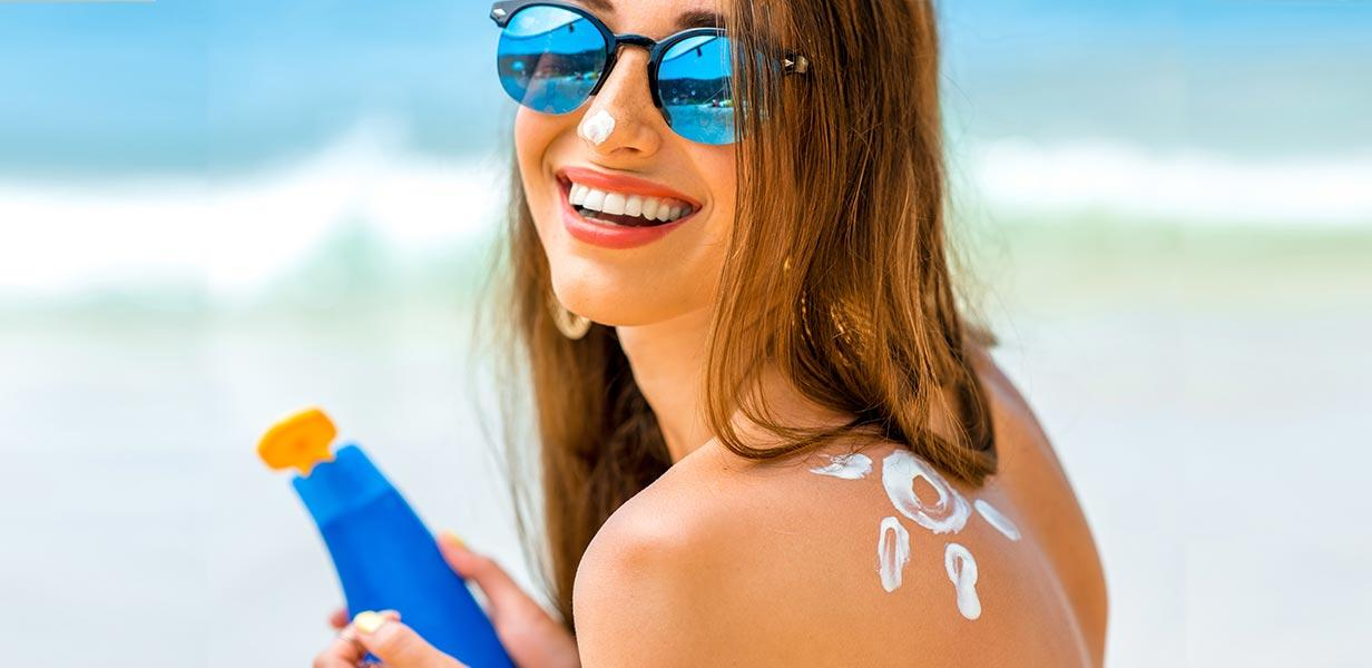 Editor's Picks  : Top Sunscreens to Combat Summer