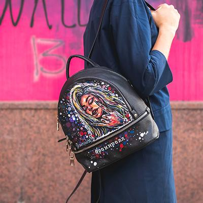 Step Out In Style With These Handbags
