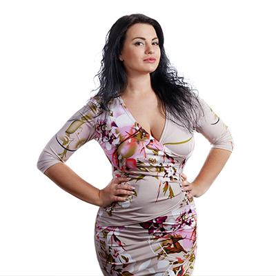 4 Plus-Size Fashion Trends For New Year's Parties